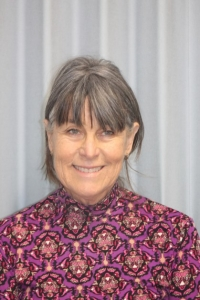 Mrs Marie Rayner